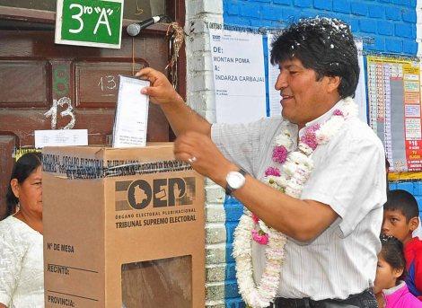 Resultados preliminares en Bolivia: lidera el 'No' a la reforma que permite la reelección deMorales